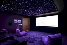 home theater design - home theater ideas ; home theater rooms ; home theater design ; home theater ; home theater seating ; home theater ideas on a budget ; home theater decor ; home theater ideas basement theater rooms basements Home Theater Room Design, Movie Theater Rooms, Home Cinema Room, Home Theater Decor, Home Theater Seating, Home Theatre, Cinema Room Small, Small Movie Room, Home Decor