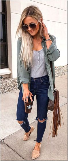 42+ Trendy Spring Outfits Ideas For Women - Explore Dream Discover Blog Spring Outfit Women, Spring Outfits For Teen Girls, Camping Outfits For Women, Cute Spring Outfits, Dressy Outfits, Stylish Outfits, Fashion Outfits, Fashion Styles, Spring Clothes