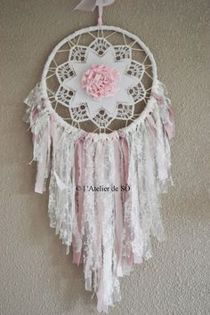 Réservé Attrape rêves (dream catcher) shabby ou romantique : Décorations murales par latelierdeso