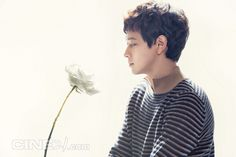 Kang Dong Won Cine21 Magazine No. 968 August 2014