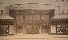 Anthony Hordern & Sons in Sydney in the late 🌹 Australian Photography, The 'burbs, Shop Fronts, Retail Shop, World War Two, Old Photos, Vintage Shops, New Zealand, Sydney