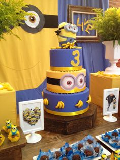 Despicable Me Minion Birthday. Template for iron-on t ...