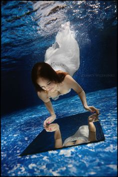 Ewelina i Janusz   Podwodna Sesja Ślubna Underwater, Wallpaper, Awesome, Outdoor Decor, Under The Water, Wallpapers