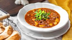 Czech Recipes, Ethnic Recipes, Chana Masala, Chili, Soup, Chile, Soups, Chilis