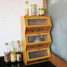 3-tier Retro Storage  - I would love to have this for my kitchen. But at the moment there is no room for it.