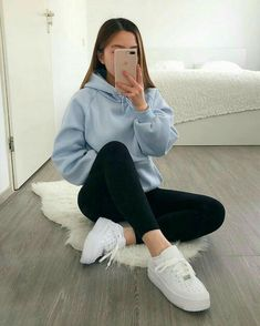 Cute Outfits With Leggings, Cute Lazy Outfits, Casual School Outfits, Casual Fall Outfits, Retro Outfits, Stylish Outfits, Casual Outfits For School, Simple Outfits For Teens, Lazy School Outfit