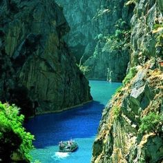 Rocky Canyon, Douro River, Portugal Ask Us About Our Sunny Portugal Vacation Pac. - Rocky Canyon, Douro River, Portugal Ask Us About Our Sunny Portugal Vacation Package. Dream Vacations, Vacation Spots, Romantic Vacations, Vacation Rentals, Romantic Getaways, Places To Travel, Places To See, Places Around The World, Around The Worlds