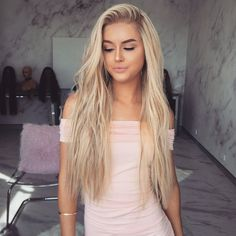 Gradient champagne wig – FreyaWigs Best wigs for your! Trending Hairstyles, Wig Hairstyles, Straight Hairstyles, Modern Hairstyles, Hairdos, Hairstyle Ideas, Short Hair Wigs, Short Hair Styles, Stylish Short Hair