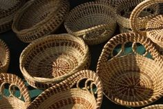 How to Weave a Plastic Basket