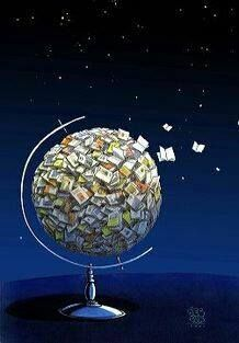 A world of books. #biblioteques_UVEG