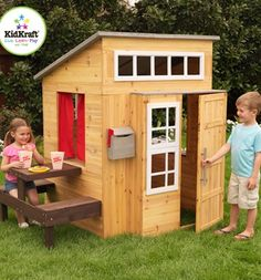 CASETTA MODERN OUTDOOR PLAYHOUSE MARRONE