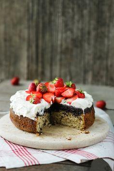 Erdbeere & Mohn gedreht Kuchen