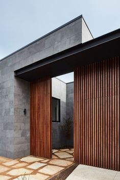Gallery of The Courtyard House / Auhaus Architecture - 10