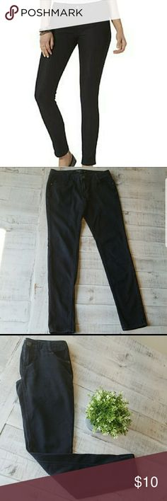Black Boom Boom Skinny Jeans Super cute and comfy black Boom Boom brand skinny jeans. No holes or stains. The color is shown best with the close up of the back pocket.  *measurements are approximate  Waist: 16 inches Boom Boom Jeans Skinny