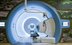 Tumore: Per la prima volta in Italia una bimba viene curata con i protoni ..Per la prima volta in Italia nell'Ospedale Bambino Gesù di Roma una bambina di 9 anni, malata da un tipo raro di tumore ha iniziato un trattamento con protonterapia una forma di radioterapia basata #tumore