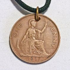 GREAT BRITAIN PENNY Coin necklace Pendant by AlterDecoCoinsnBeads
