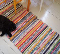 Woven Rug, Woven Fabric, Weaving Textiles, Rug Hooking, Scandinavian Style, Handicraft, Loom, Pattern Design, Rag Rugs