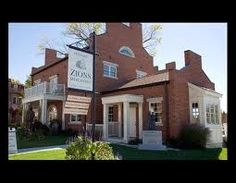 Zions Mercantile Hotel In Nauvoo Illinois We Stayed The Smith Suite Top Floor With A Perfect View Of Town And Temple