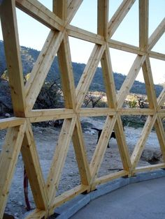 Vivienda geodésica y autosuficiente en Yecla (Murcia)                                                                                                                                                                                 Más