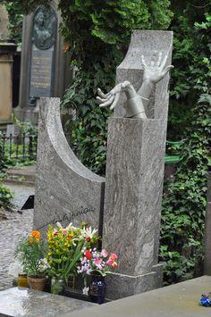 ideas about Unusual Headstones Cemetery Monuments, Cemetery Statues, Cemetery Headstones, Old Cemeteries, Cemetery Art, Funeral March, In Memorium, Famous Graves, Memento Mori
