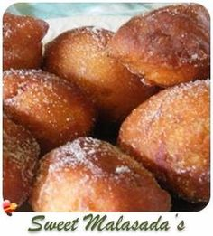 Try this Portuguese style malasadas local style recipe. A local favorite in Hawaii. Read Recipe by terishiozaki Malasadas Recipe Portuguese, Malasadas Recipe Hawaii, Hawaiian Sweet Breads, Hawaiian Dishes, Hawaiian Drinks, Hawaiian Recipes, Portuguese Sweet Bread, Portuguese Recipes, Portuguese Food