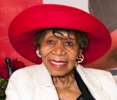 Maxine Powell, mentor to Motown's stars, dies at 98