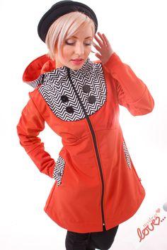 Kuscheliger Mantel in knalligem Orange aus Softshell für den Herbst und Winter / autumn outfit: orange coat with big buttons and zigzag pattern made by mydearlove via DaWanda.com