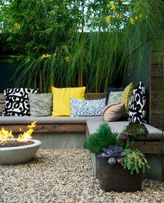 17 Cozy Small Backyard Patio Ideas