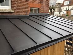 Anthra Zinc roof , Deal Best Picture For old roof For Your Taste You are looking for something, and it is going to tell you exactly what you are looking for, and you didn't find that picture. House Extension Design, Roof Extension, Garden Room Extensions, House Extensions, Zinc Roof, Metal Roof, Flat Roof Construction, Roof Cladding, Roof Detail