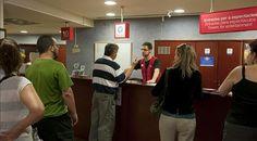 Turisme de Barcelona reforma la oficina de información de la plaza de Catalunya