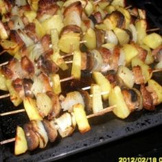 Rablóhús 2. | Nosalty Hamburger, Grilling, Meat, Chicken, Food, Crickets, Essen, Burgers, Meals