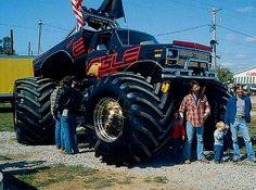 View 131 0709 08 2007 Anniversary Monster Truck+eagle - Photo 9290923 from Monster Mash! Lifted Ford Trucks, Old Trucks, Big Monster Trucks, Monster Jam, 70s Muscle Cars, Classic Ford Trucks, Real Monsters, Old Tractors, Classic Monsters