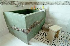 Ohhhh! I have always wanted a Japanese soaking tub - this one is so cool!! love it!