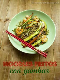 Noodles fritos con gambas