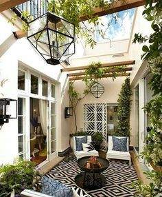porches cozy home To begin with, you will need to think about your patios area. It's possible to skip the patio and just delight in a shaded place. Patios and decks don't need to be t Atrium Design, Patio Design, House Design, Courtyard Design, Pergola Patio, Backyard Patio, Pergola Kits, Pergola Ideas, Patio Wall