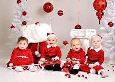 christmas photo session specials | The Christmas Set is Up for Christmas Pictures - Keepsake Portraits ...