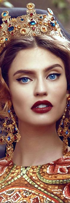 Masquerade au Château -   Bianca Balti for Dolce&Gabbana #byzantium- ♔LadyLuxury♔