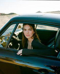Kris Jenner, Kendall Jenner Icons, Kendalll Jenner, Kendall Jenner Outfits, Jenner Style, Kendall Jenner Photoshoot, Kylie Jenner Photos, Kourtney Kardashian, Kardashian Jenner