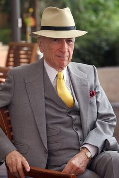 El Aristócrata --Gay Talese, one of the most effortlessly stylish gentlemen EVER.