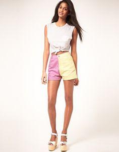Enlarge Motel '90s Shorts In Fruit Pastel Color