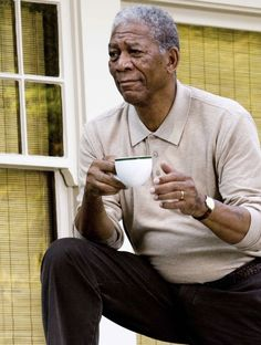 Morgan Freeman as Harry Stevenson from the movie Feast Of Love. People Drinking Coffee, Drinking Tea, I Love Coffee, Coffee Time, Hot Coffee, Coffee Cup, Tea Time, Morgan Freeman Movie, Feast Of Love