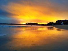 Amanecer con sur desde la Segunda playa de El Sardinero - Santander (Cantabria) - España