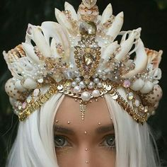 Shells rhinestones crystals pearls crown.