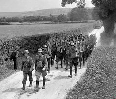 Irish Free State, Defence Force, Republic Of Ireland, Media Images, Military History, Armed Forces, Wwi, Soldiers, Army