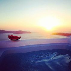 Good Afternoon from #abyssantossuites !!!! Enjoy the amazing #sunset from your #private outdoor #Jacuzzi  Perfect for couples and #honeymooners <3 Book your suite here! www.bookingsantorini.com -------------------------------------------------- #santorini #privatejacuzzi #sunset #greekislands #cyclades #nature #naturelovers #naturegram #travel #traveller #travelling #travelgram  #honeymoon #colors #visitgreece #greece #santorinihotels