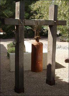 EarthTones, A Steel Bell - Kevin Caron Bell and imprisonment Garden Crafts, Garden Projects, Bell Gardens, Temple Bells, Bell Art, Asian Garden, Diy Welding, Metal Projects, Outdoor Art