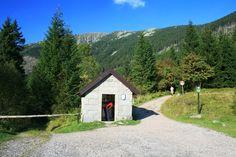 Důl kovárna near mountain Snezka, Krkonose, Czech Republic Beautiful Places In The World, Most Beautiful, Big Mountain, Czech Republic, Cabin, Mountains, House Styles, Bohemia, Paisajes