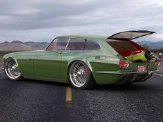 Volvo P1800 ZES Concept 3 - This is how the P1800 should have been done!