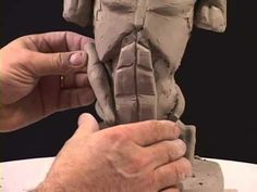 Scultura torso masculino