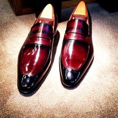 Handmade leather shoes for sale Penny Loafers, Leather Loafers, Loafers Men, Leather Men, Hot Shoes, Men's Shoes, Dress Shoes, Formal Shoes, Casual Shoes